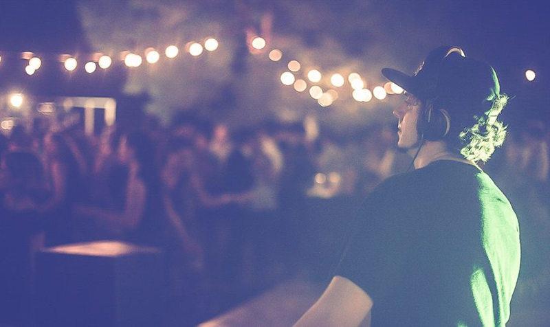 dj-set,house,dance,ambient,techno,trance, elettro,dub, matrimonio,compleanno,festa,party,live,live band,musica eventi,gruppo musicale,musica matrimonio,musica evento aziendale,musica compleanno 18 anni,musica cerimonia,musica festa,agenzia musica, musica per eventi,convention,musica roma,musica live,miglior proposta musicale,miglior offerta,musica migliore,miglior musica,miglior agenzia,best music,wedding music,party,live,music,corporarte,events,music agency,wedding,Italian Music Agency,Città del Suono,